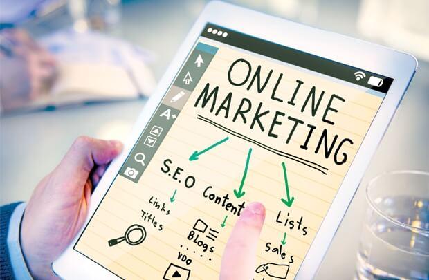 Mạng xã hội và các kênh thương mại điện tử sẽ là một lựa chọn sáng suốt về mặt truyền thông trong thời điểm hiện nay